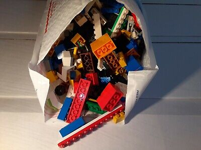 Mixed LEGO lot. 1KG+ 1060g. 2 + lbs.