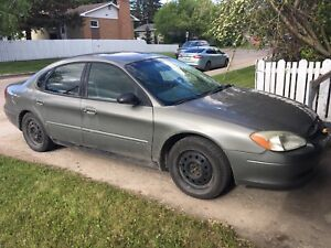 2003 Ford Taurus low km