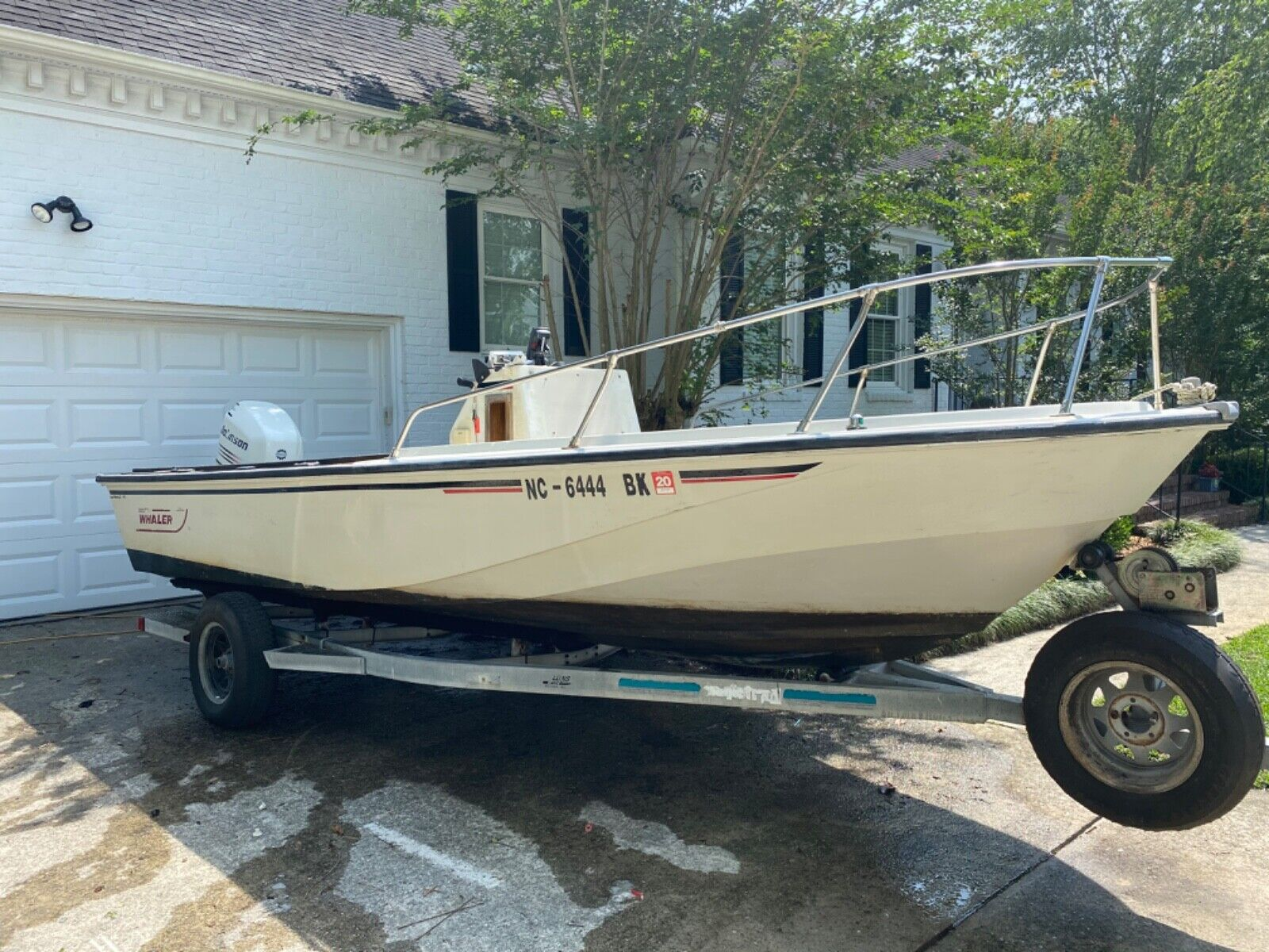 1982 18 Boston Whaler Outrage 2005 150 Johnson