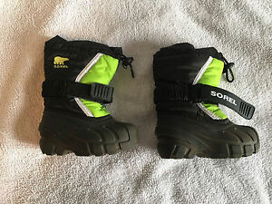 Sorel size 6 boys winter boots