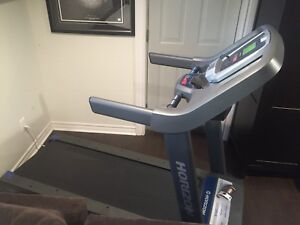 Horizon treadmill brand new