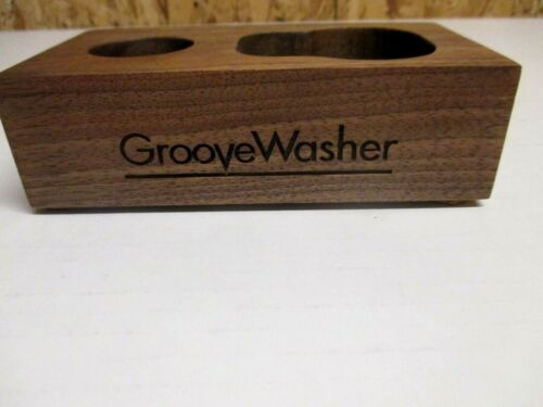GROOVEWASHER DISCWASHER  RECORD CLEANING BRUSH WOOD STAND