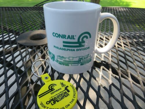 VTG 1998-99 Conrail Railroad Philadelphia Division Coffee Mug Train & Keychain