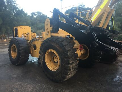 Cat IT28G Loader Dismantled Naval Base Kwinana Area Preview