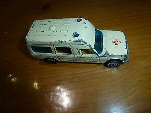 ancienne petite voiture mercedes ambulance 1613 siku ebay. Black Bedroom Furniture Sets. Home Design Ideas