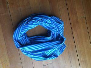 Ivivva scarf