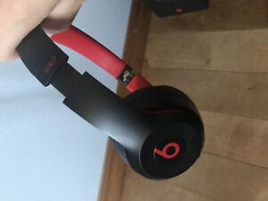 Beats Solo3 wireless mint conditionc