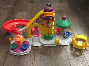 Fisher Price Little People Amusement Park