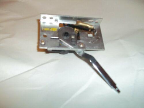 N.0.S.DASH CONTROL HEAT / AC VALVE 1964 LINCOLN