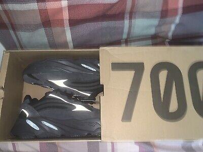 Adidas Yeezy Boost 700 V2 Vanta UK 9.5 (US 10) BNIB
