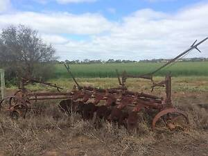 Old Antique Massey Ferguson Disk Plough Garden Art Mid Murray Preview