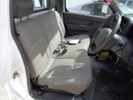 Nissan Navara BENCH SEAT D22 VERY GOOD CONDITION!
