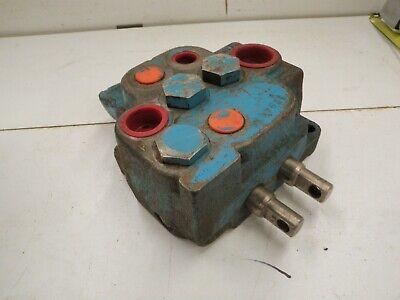 Vickers 2 Spool Hydraulic Valve