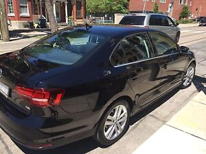 2016 VW Jetta 1.8T -Highline with Technology Package