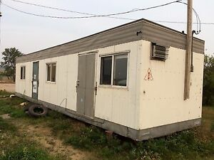 10' x 40' Office Trailer