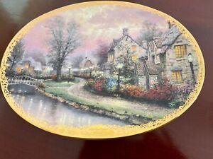Decorative plates featuring English scenes
