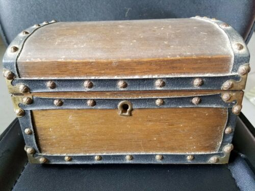 """Antique Vintage Japanes Hand Tooled Rivet Brass Jewerly Box Case 7.5""""×6.5""""×5"""""""