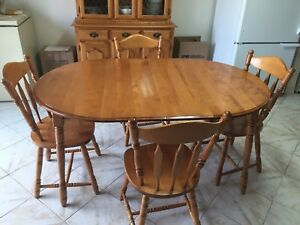 Solid wood dinette set