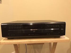 SONY CDP-CE235 5 disc CD Player