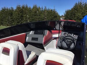 1999 Sunbird Speed Boat