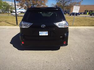 2012 Toyota sienna SE (Sports edition) FOR SALE!!