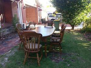 Pine table extendable Bassendean Bassendean Area Preview