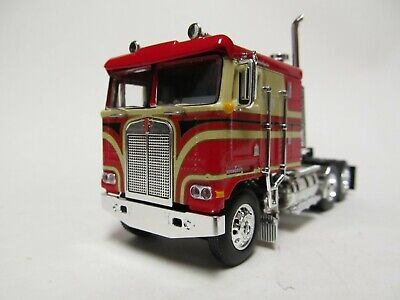 DCP / FIRST GEAR 1/64 SCALE KENWORTH K-100 FLAT TOP, RED & BEIGE, BLACK STRIPES