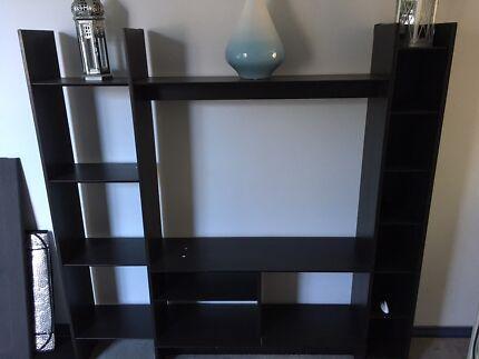 TV unit/book shelf