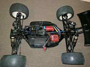 RC8T 1/8 Truggy RTR Chermside Brisbane North East Preview