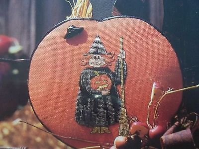 Wendy The Halloween Witch Ornament OOP Cross Stitch PATTERN (C)](Wendy Halloween)