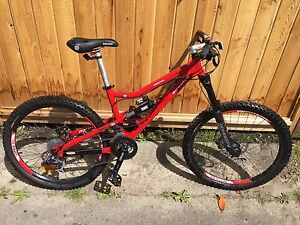 Devinci Mountain bike