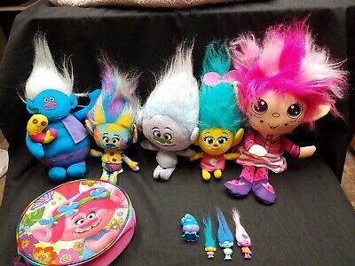 Dreamworks Trolls Lot  5 Plush and 4 Mini Figures Plus a Carry Case -
