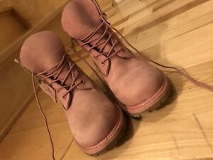 WOMENS PINK TIMBERLAND BOOTS FOR SALE!