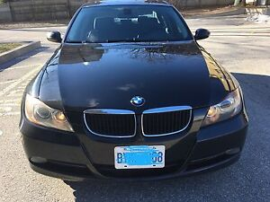 Very Well Maintained 2007 328i Black on Black BMW with Sunroof  Cambridge Kitchener Area image 6