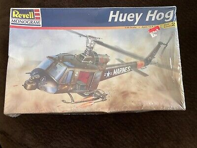 US ARMY Die-cast EASY MODEL 1//48 n° 39319 Hélicoptère BELL UH-1C