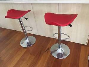 Kitchen breakfast bar stools 2 kitchen bench swivel stools Wollongong Wollongong Area Preview