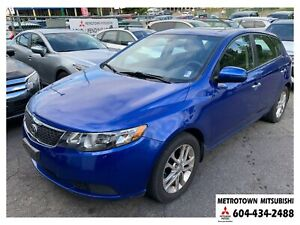 2011 Kia Forte5 2.0L EX w/Sunroof; Local & No accidents!