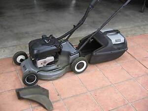 Victa ALLOY chassis mower 6hp 4 stroke. Patterson Lakes Kingston Area Preview