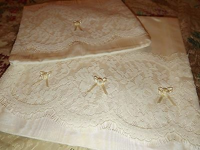 VINTAGE SET Moire & Lace BOUDOIR HANKIE Hosiery Lingerie CASES Cream New Unused