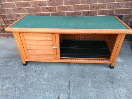 Rabbit/guinea pig hutch Ringwood East Maroondah Area Preview