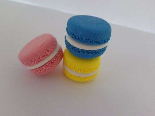 Pack of 3 Handmade Polymer Clay Macarons/Macaroons - FREE SHIPPING