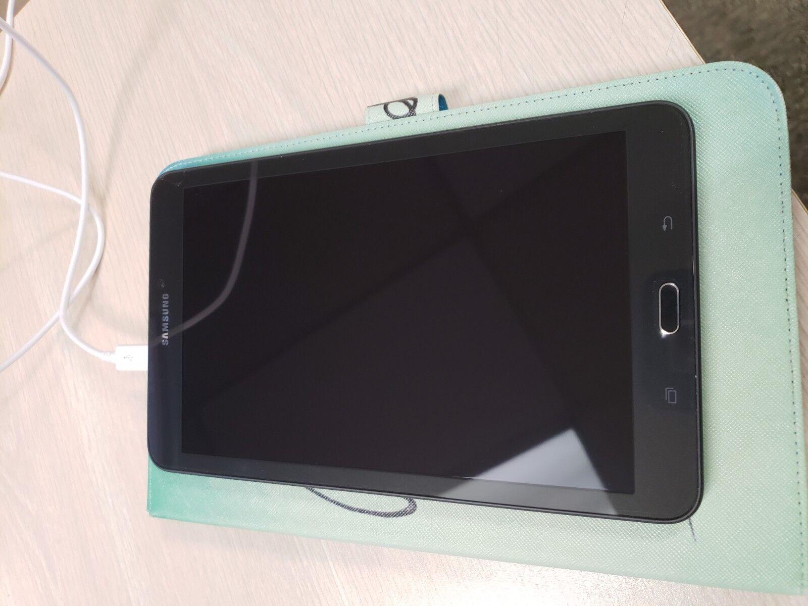 Samsung Galaxy Tab E SM-T560 16GB, Wi-Fi, 9.6in - Black (AT&T)