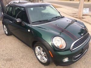 Beautiful Mini cooper, special edition, certified!