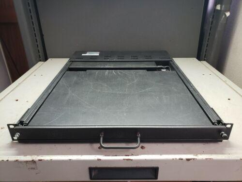 "ACME Portable Machines SMK ACM305796 Rackmount KVM Switch 17"" Monitor & Keyboard"