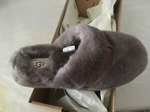 Ugg slippers NEW