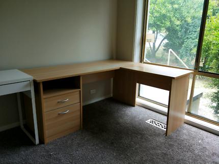 Free - Desk