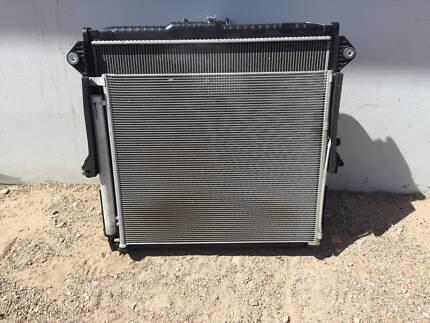 Mazda BT50 14 / Ford Ranger Radiator AC condenser radiator shroud Chipping Norton Liverpool Area Preview