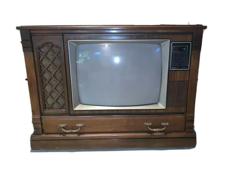 Vintage RCA Color TV - Working Condition - Local Pick Up Only!