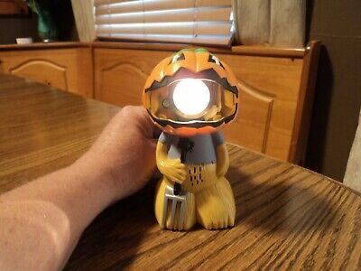 Cheap Decorative Lanterns (PUMPKIN SCARECROW LANTERN FLASH LIGHT BATTERY OPERATED)