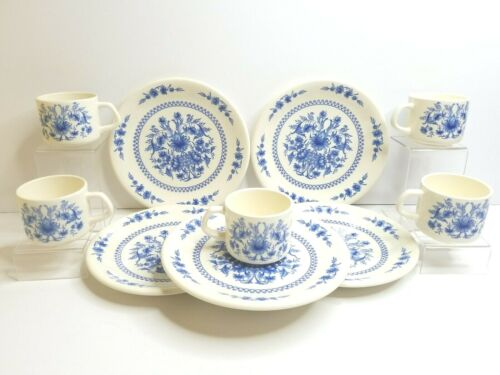 Sado International Portugal 5 Mugs 5 Salad Plates Blue White Floral Decor Dishes